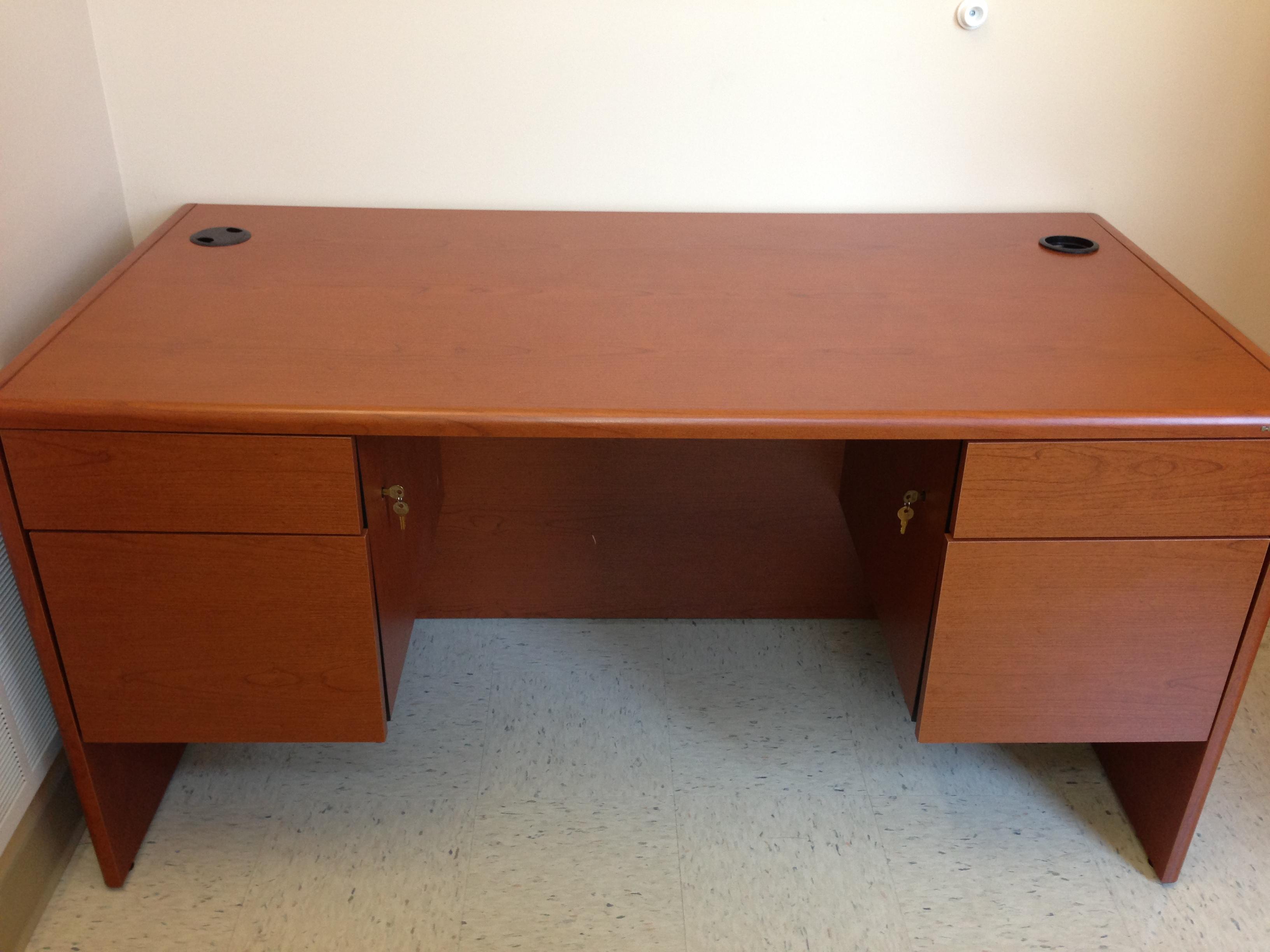 Hon Veneer Desk